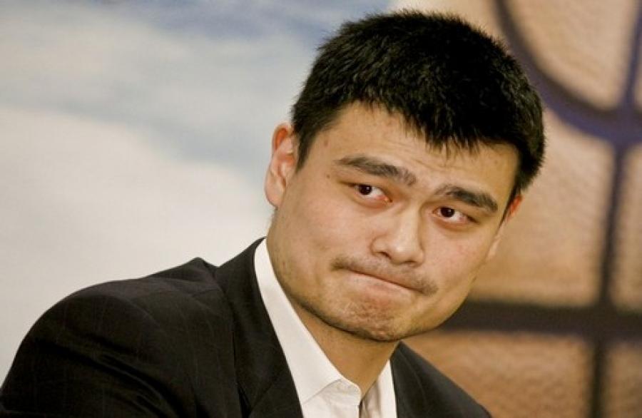 Яо Мин Монголд ирнэ