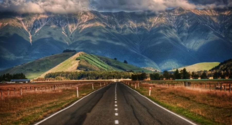 Шинэ Зеландаар аялцгаая