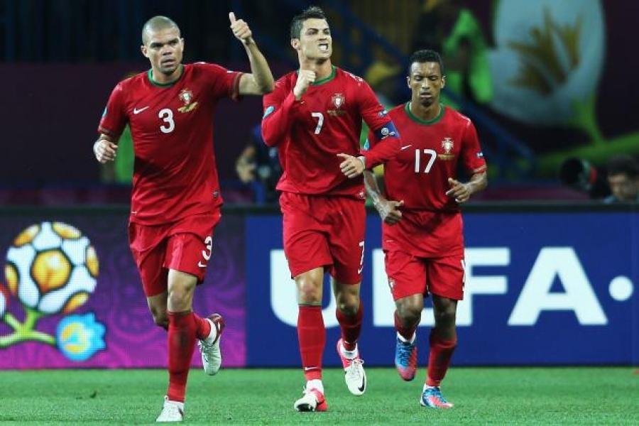 Багийн ахлагч нь бэртлээс ирсэн Португал Ирландын шигшээ багийг 5:1-ээр бут ниргэлээ
