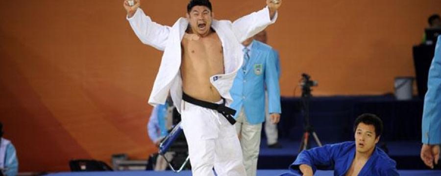 Хван Хэ Тэ: Н.Түвшинбаярыг алтан медаль авахад өөрөө авсан юм шиг л баярласан