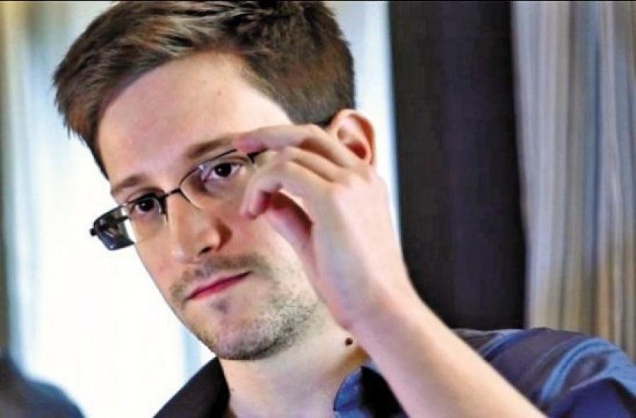Эдвард Сноуден Швейцариас орогнол хүсчээ