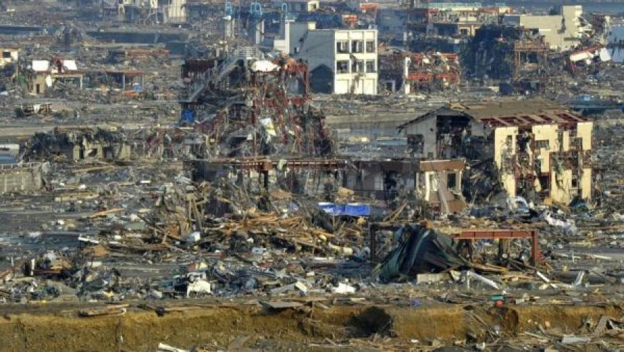 Японд аймшигт цунами болсон өдөр өнөөдөр тохиож байна