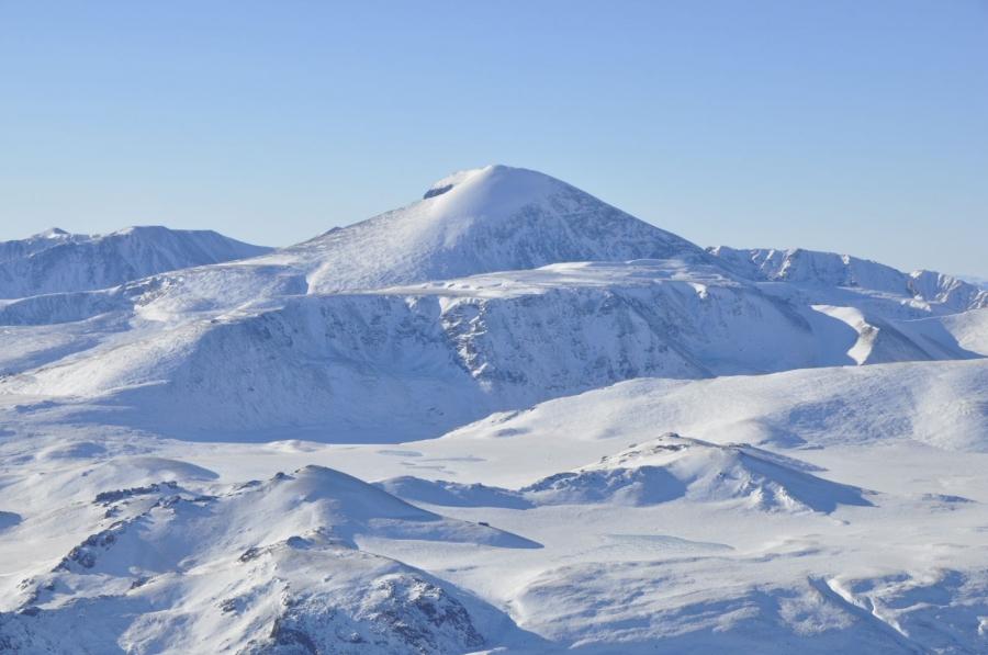 Монгол орны нийт нутаг дэвсгэрийн 80 хувь нь цастай байна