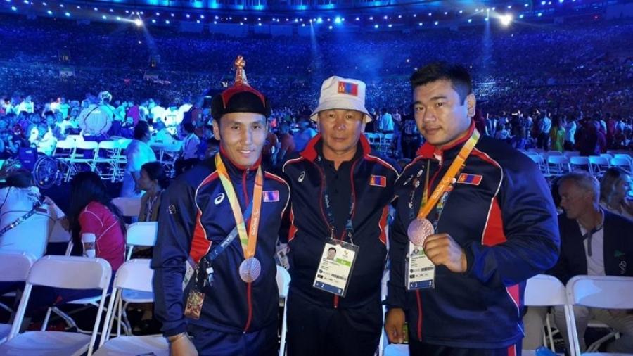 Паралимпийн медальтнууд өнөөдөр эх орондоо ирнэ