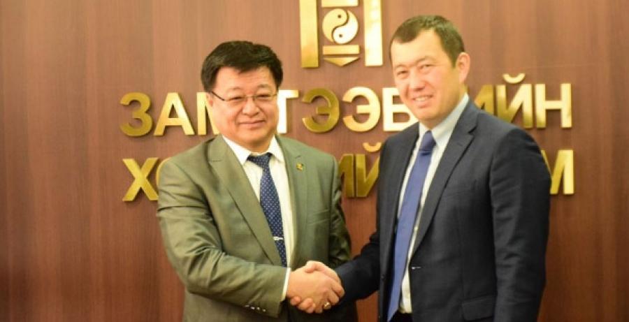Казахстан Улсын төмөр замын дэвшилтэт технологийг судална