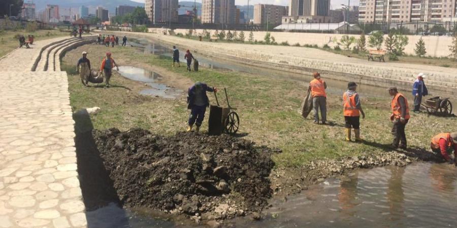 Сэлбэ голын лагийг цэвэрлэж эхэлллээ