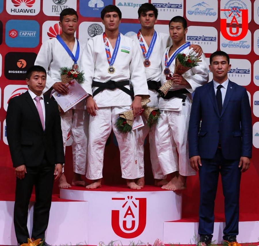 Б.Батболд Азийн залуучуудын аваргаас мөнгөн медаль хүртлээ