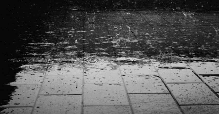 Нутгийн хойд хэсгээр түр зуурын бороотой