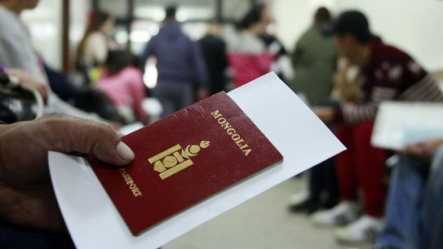 Гадаад паспортын сунгалт, захиалгын үйлчилгээг дүүргүүдэд үзүүлж байна