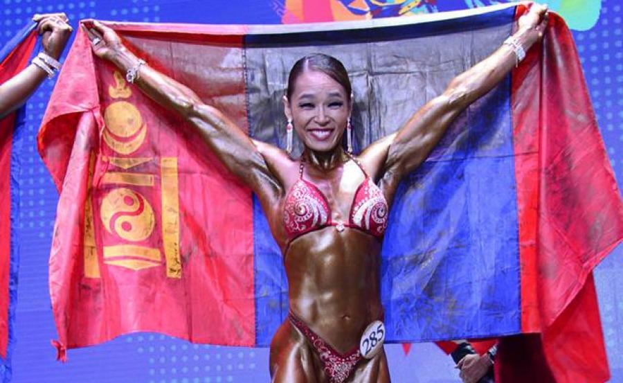 Г.Угалзцэцэг гурав дахь удаагаа дэлхийн аварга боллоо