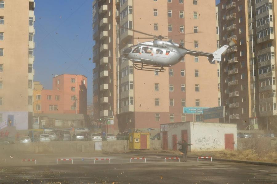 ФОТО: ГССҮТ нисдэг тэргээр өвчтөн тээвэрлэж эхэллээ