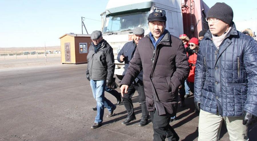 Ж.Бат-Эрдэнэ: Гашуун сухайтын нүүрс тээвэрлэгчдийн асуудлыг шийдвэрлэж өгнө