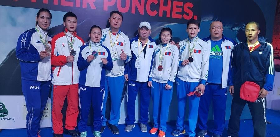 Боксчид Энэтхэгээс таван медаль хүртлээ