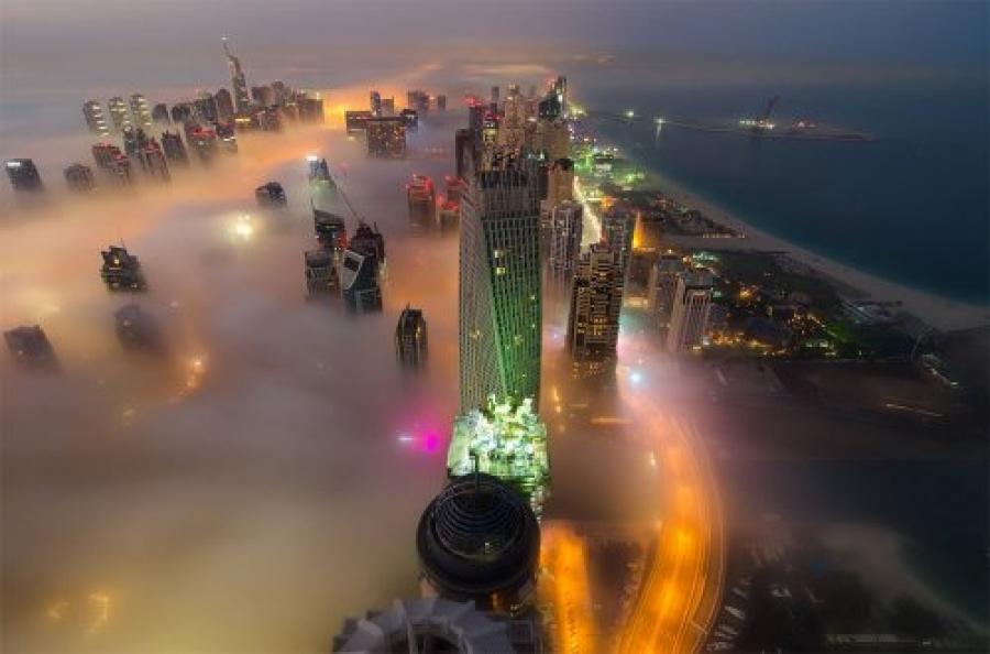 ФОТО: Үүлэн дундах Дубай