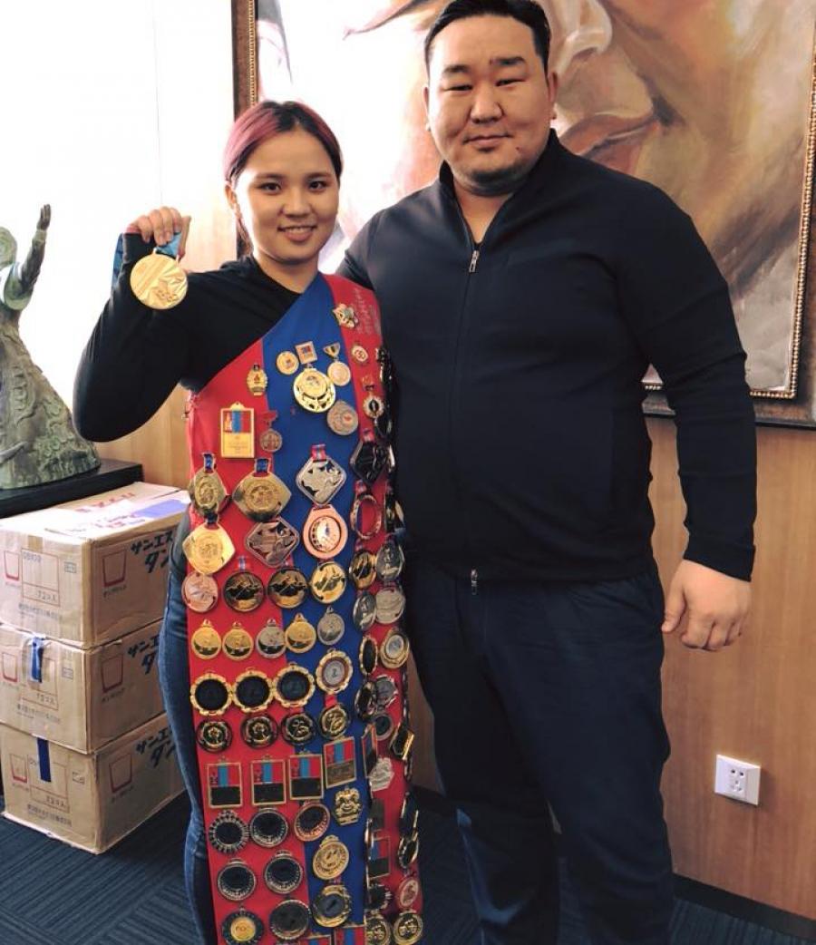 Б.Сумъяа Японы Биеийн тамирын дээд сургуульд суралцахаар болжээ