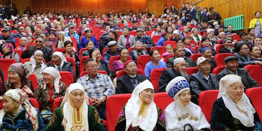 НИТХ-ын дарга С.Амарсайхан Налайх дүүргийн Казах иргэдэд хүндэтгэл үзүүлэв