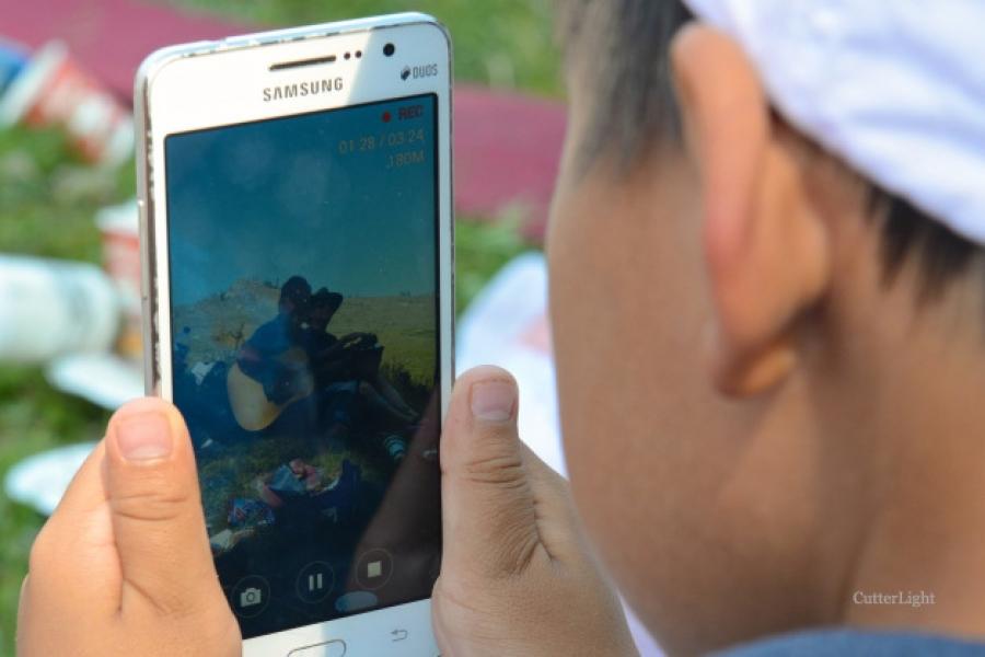 Монголд 2.4 сая хүн ухаалаг утас хэрэглэдэг