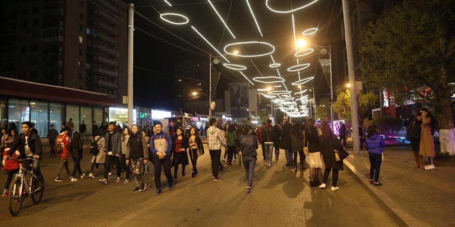 ФОТО: Гэрэлт гудамжийг нээлээ
