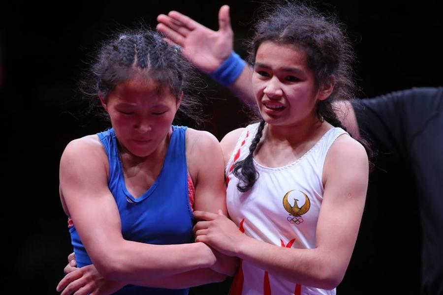 Чөлөөтийн охид Ташкентийн дэвжээнээс гурван медаль хүртлээ