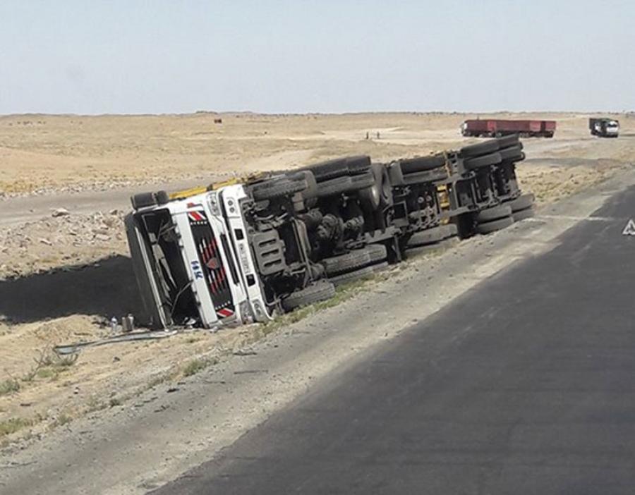 Зам тээврийн ослын улмаас өнгөрсөн жил 500 гаруй хүний амь нас хохирчээ