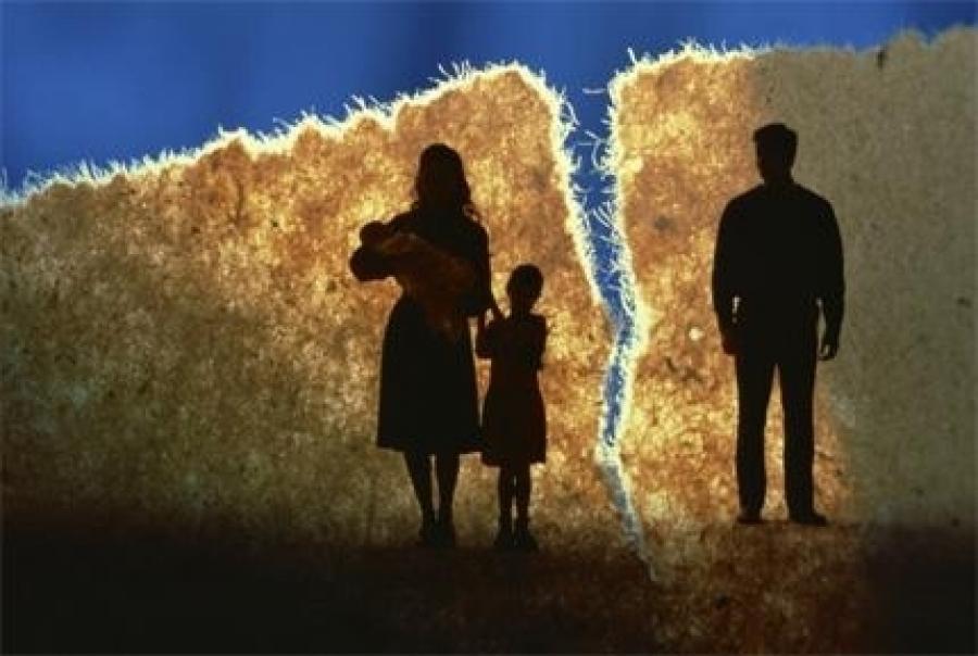 Шүүхээр шийдсэн хэргийн 10.4 хувийг гэр бүлийн маргаан эзэлж байна