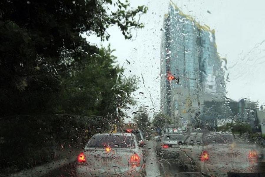 Өнөөдөр нийслэлд түр зуурын бороотой