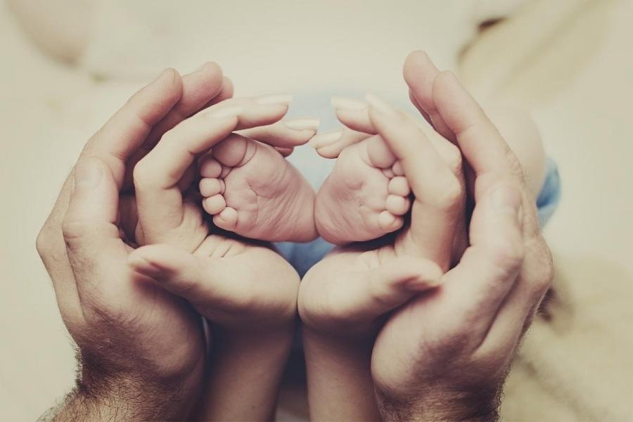 Үр хүүхэд бол гэр бүлийн аз жаргал