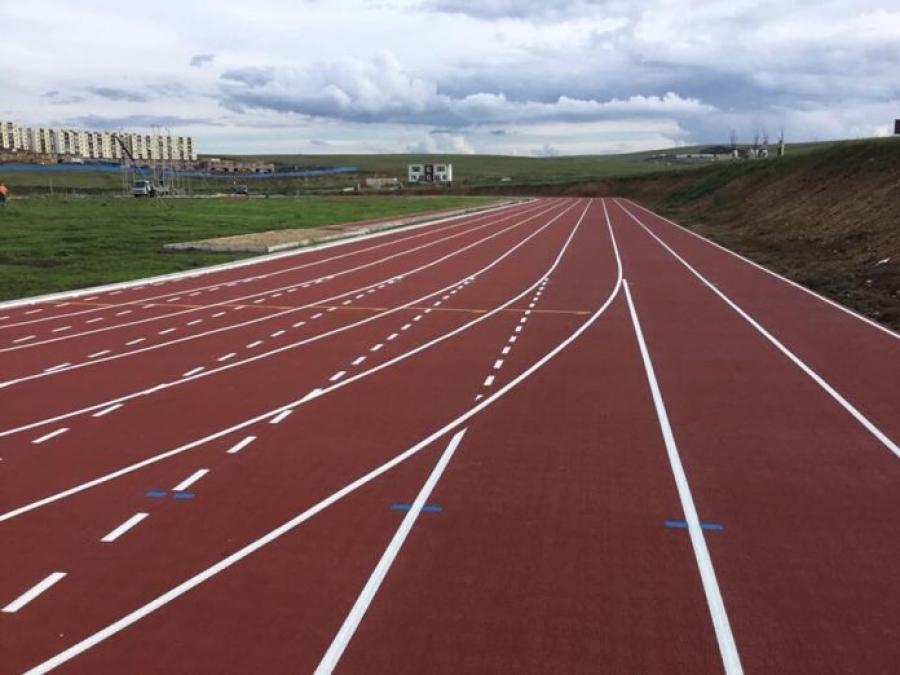 Олон улсын стандартад нийцсэн гүйлтийн зам, талбай бүхий байгууламжтай болов