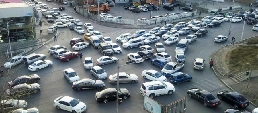 Замын түгжрэлийг бууруулахад иргэдийн саналыг авна