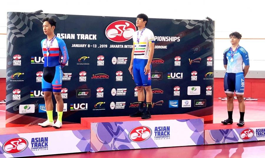 Б.Тэгшбаяр Азийн АШТ-ээс мөнгөн медаль хүртлээ