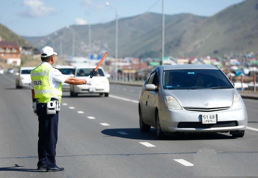 Хүлээцтэй, хүндэтгэлтэй хандсан жолооч нарт талархав