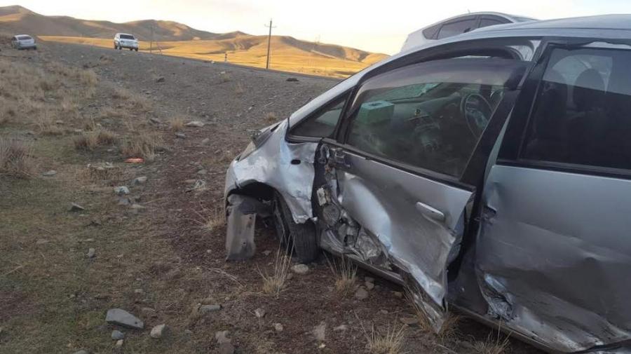 16 настай хөлбөмбөгчин хүү автын ослоор амиа алджээ