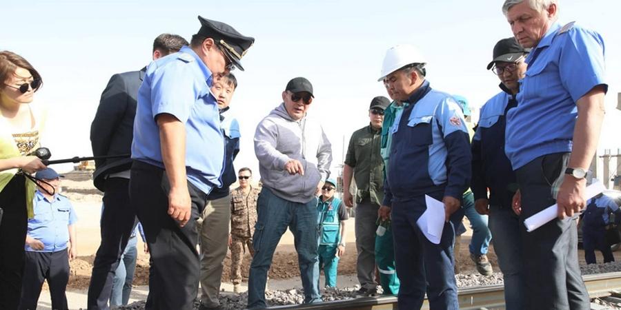 Монгол Улсын Ерөнхийлөгч Х.Баттулга нефть боловсруулах үйлдвэрийн дэд бүтцийн ажлын явцтай танилцлаа