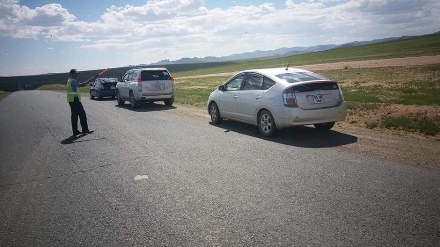 Орон нутагт зам тээврийн ослоор хоёр хүн амиа алджээ