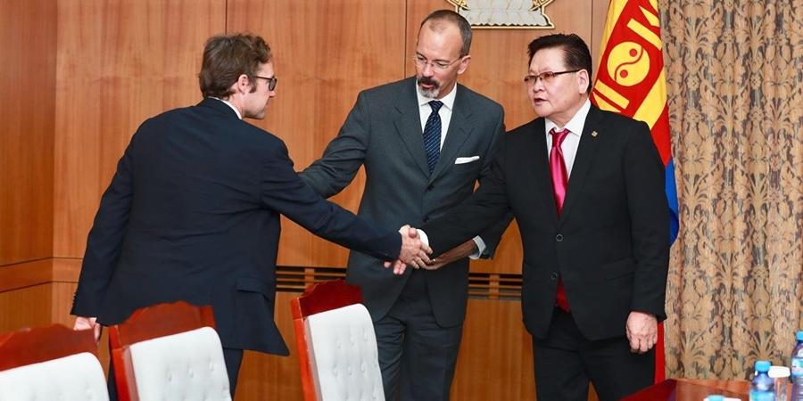 Эдийн засгийн хамтын ажиллагаа, хөгжлийн байгууллагатай хамтарсан төсөл хэрэгжүүлэхийг дэмжив
