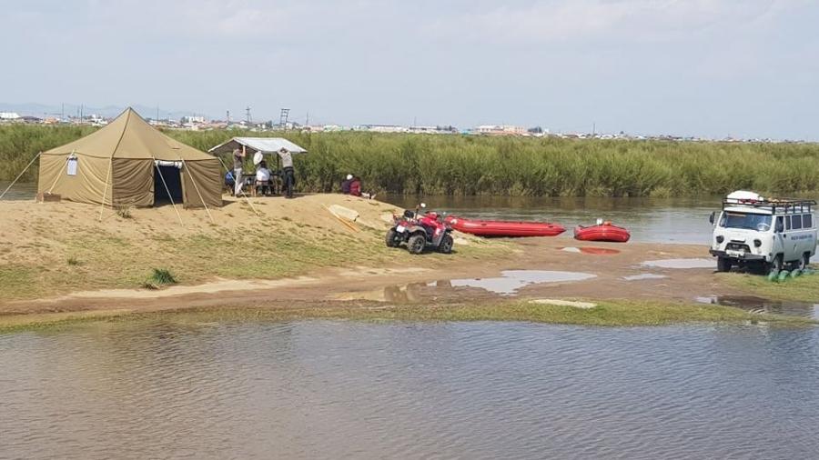 Усанд осолдсон иргэдийн цогцсыг гаргажээ