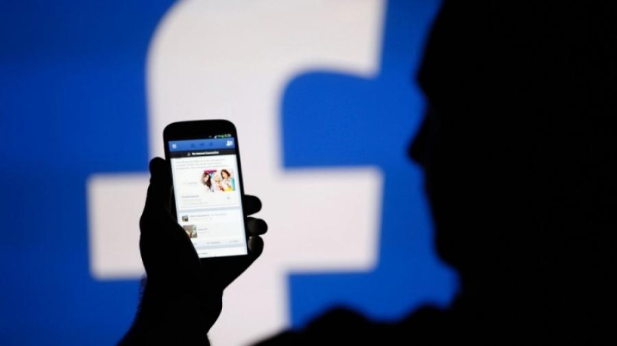 Фэйсбүүкээр залилан хийдэг бүлэг залуусыг баривчилжээ