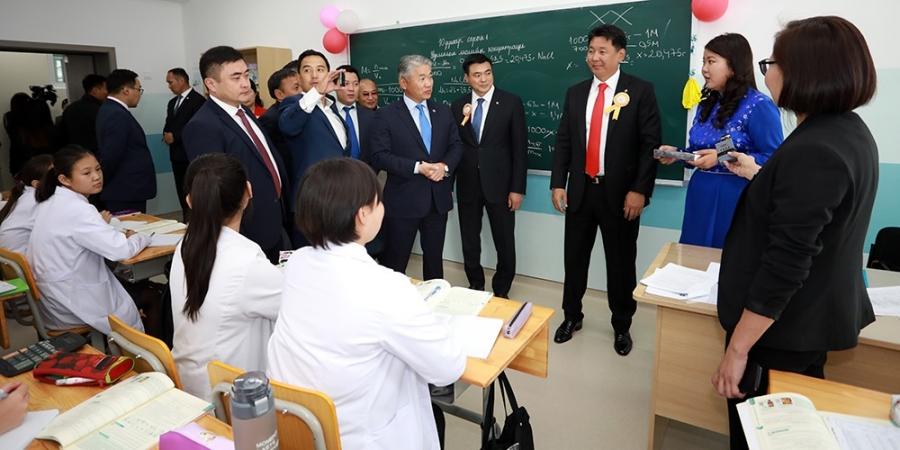 Нийслэлийн Ерөнхий боловсролын 21 дүгээр сургууль хичээлийн шинэ байрандаа орлоо