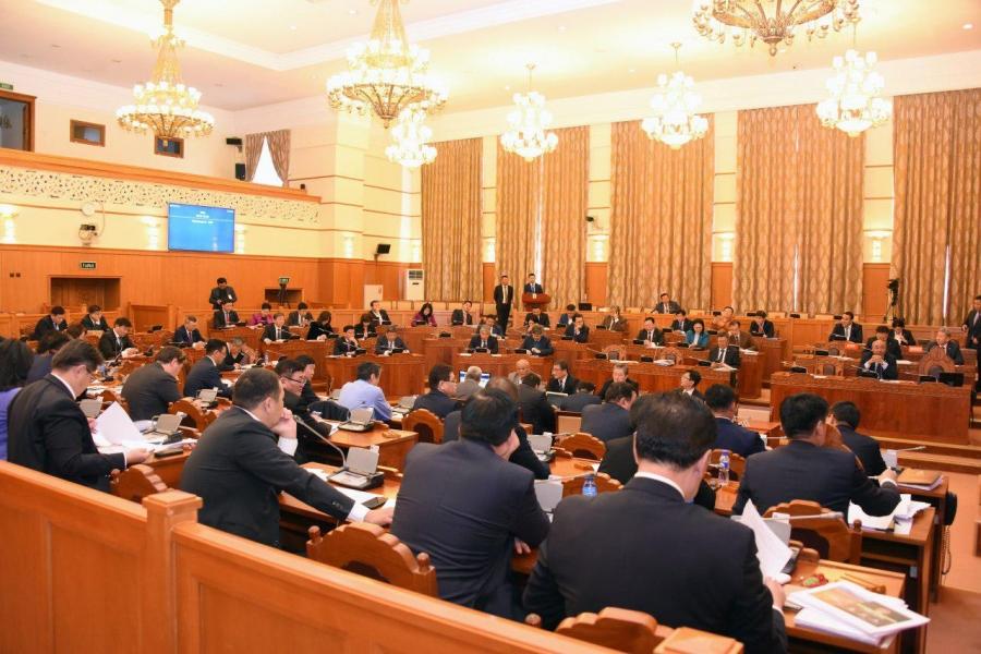 Монгол Улсын Үндсэн хуульд оруулах нэмэлт, өөрчлөлтийн төслийг эцэслэн баталлаа