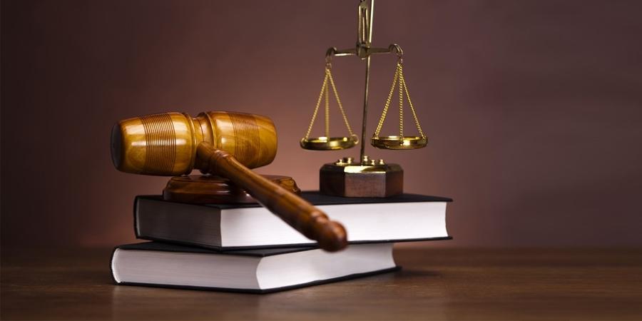 Энэ хууль, шүүхийнхнийг дээ. Чаавас