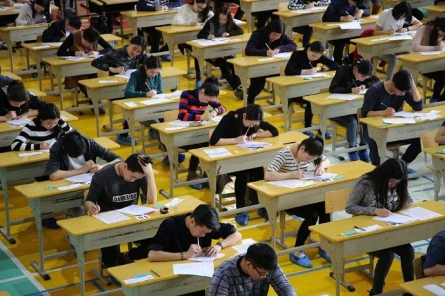 Монгол хэл, бичгийн шалгалтад бүдэрвэл их, дээд сургуульд элсэх боломжгүй