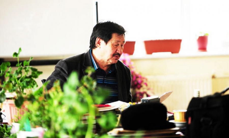 Л.Дашням: Би хөрвийн аргаар бойжсон зохиолч юм шүү дээ