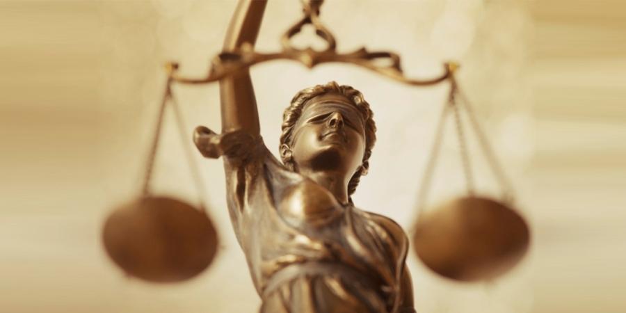 Хуульчдын холбооноос асууя: Хуульчийн шалгуур нь мөнгө үү, мэргэжлийн үйл ажиллагаа юу?!