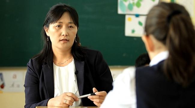 Б.Мөнхцэцэг: Бүхнийг яамнаас заадаг байвал багш, хүүхэд яаж хөгжих юм бэ