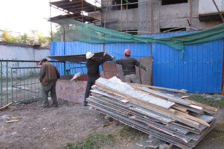 Монголд  ажиллаж буй гадаад иргэд  дунджаар 1,7 сая төгрөгийн цалин авч байна