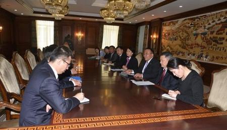 Хятадын Хөрөнгө оруулалтын корпорацийн даргатай уулзлаа