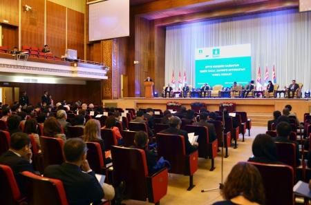 Эрүүл мэндийн салбарын эдийн засаг, хөрөнгө оруулалтын чуулга уулзалт үргэлжилж байна