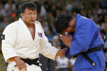 """Н.Түвшинбаяр """"Чингис хаан""""  Гран-прид зодоглохгүй"""