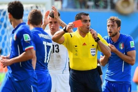 Италичуудын уурыг барсан  шүүгч Бразил Германы тоглолтыг шүүнэ
