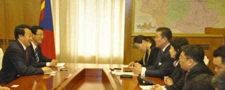 Шадар сайд Д.Тэрбишдагва Вань Зюньтай уулзлаа